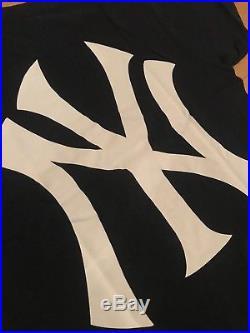 100% Authentic Supreme Yankees Box Logo Tee Navy L 2015