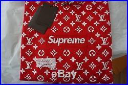 (IN HANDS) Supreme x Louis Vuitton Box Logo Hoodie XL (but fits size L)