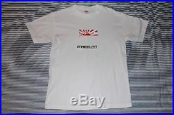 605d6cc022a0 Supreme 2011 Japan Relief Box Logo Tee White Size Medium Great Condition