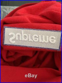 Supreme Box Logo Hoodie. Size M