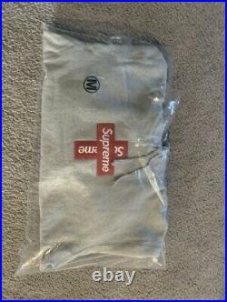Supreme Cross Box Logo Hoodie Grey Medium New 100% Authentic IN HAND