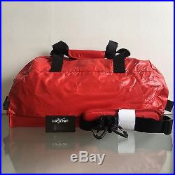 Supreme Fw17 Duffle Bag Red In Hand Red Box Logo