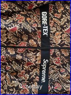 Supreme Gore-Tex Court Jacket Floral Size Large Yeezy Box Logo Travis Jordan