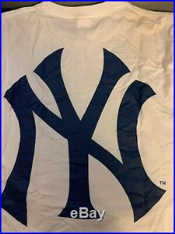 Supreme Yankees Box Logo T-shirt Size Medium